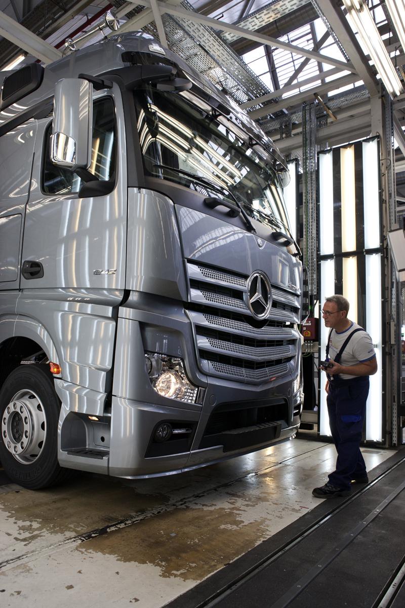 Серийное производство нового Actros на заводе в Верт