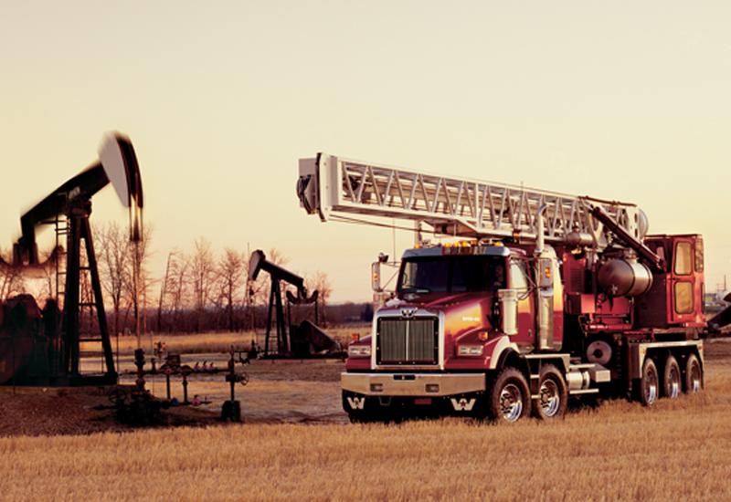 Western-Star-4900-SA-Oilfield