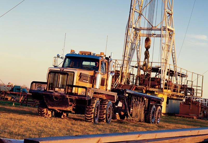 Western Star 6900 XD Oilfield