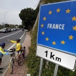 Перевозчики Франции продолжают протесты
