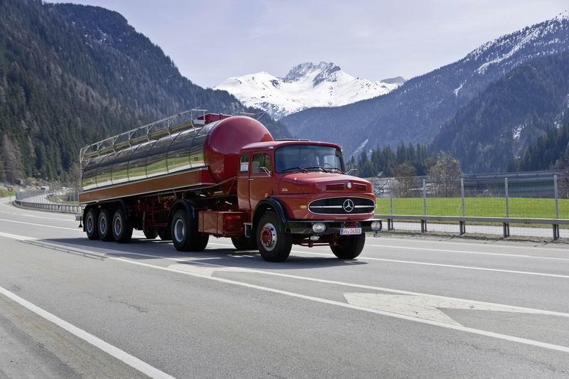 Сравнение грузовиков в рамках 50 лет