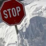 Снегопады в Болгарии и Румынии блокировали дороги
